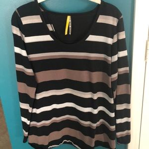 Lole black striped open back tee